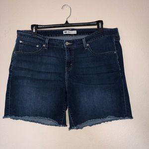 Levi's Women's Plus Size Shorts Size 20w Dark Wash